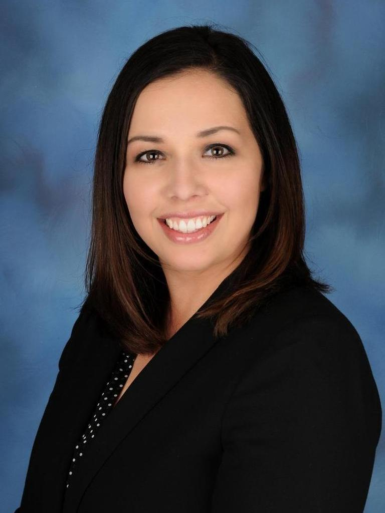 Sandra Avila Profile Photo