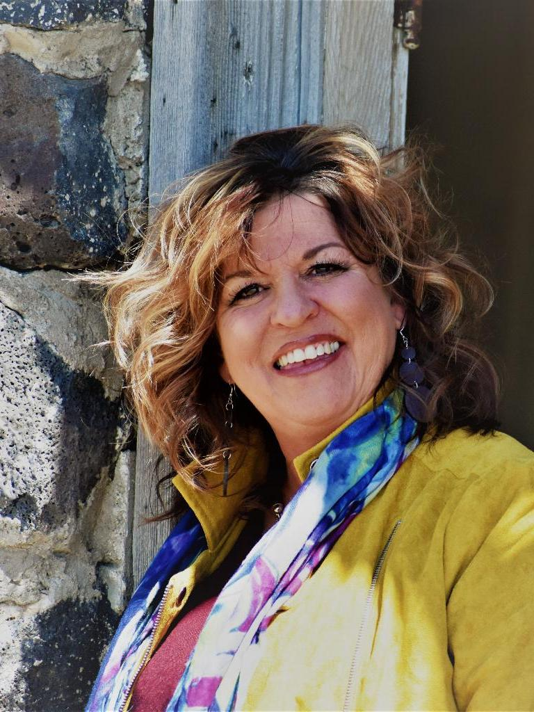 Paula Bell Profile Photo