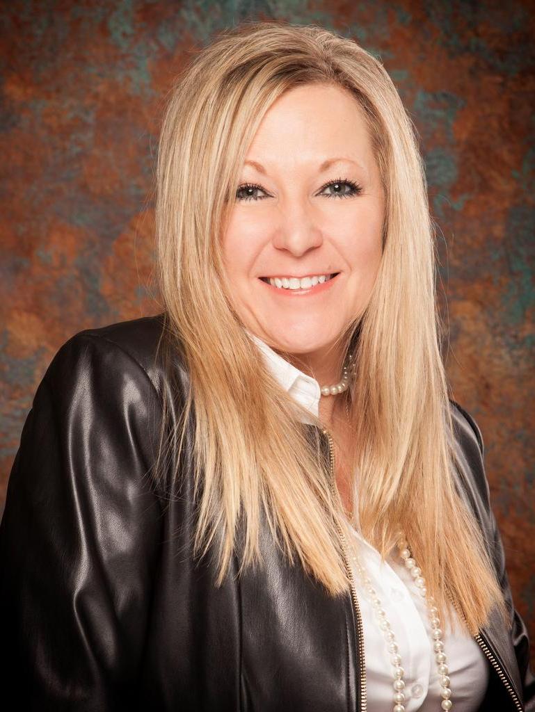 Athena Tucker Profile Photo