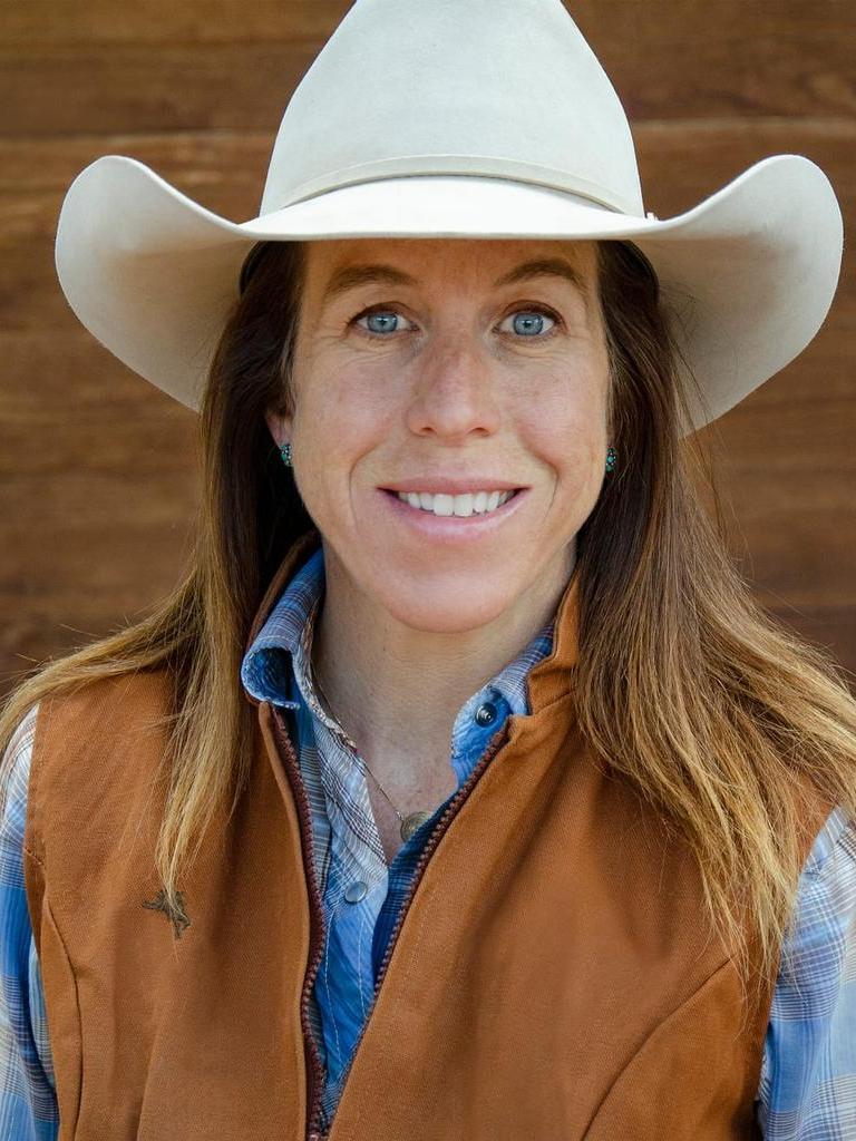 Elizabeth Foley Profile Image