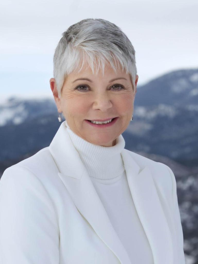 Kathy Hall Profile Photo