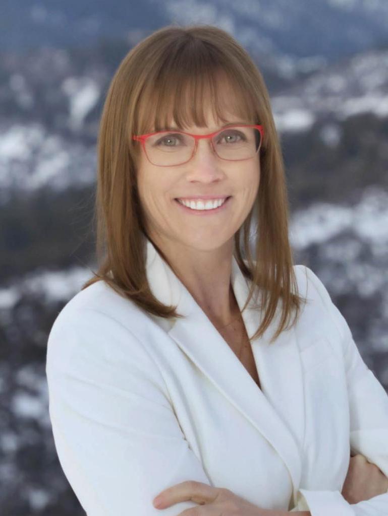 Rebecca Applegate Profile Photo