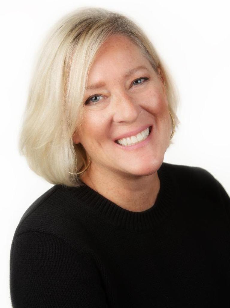 Adrienne Aronson Profile Image