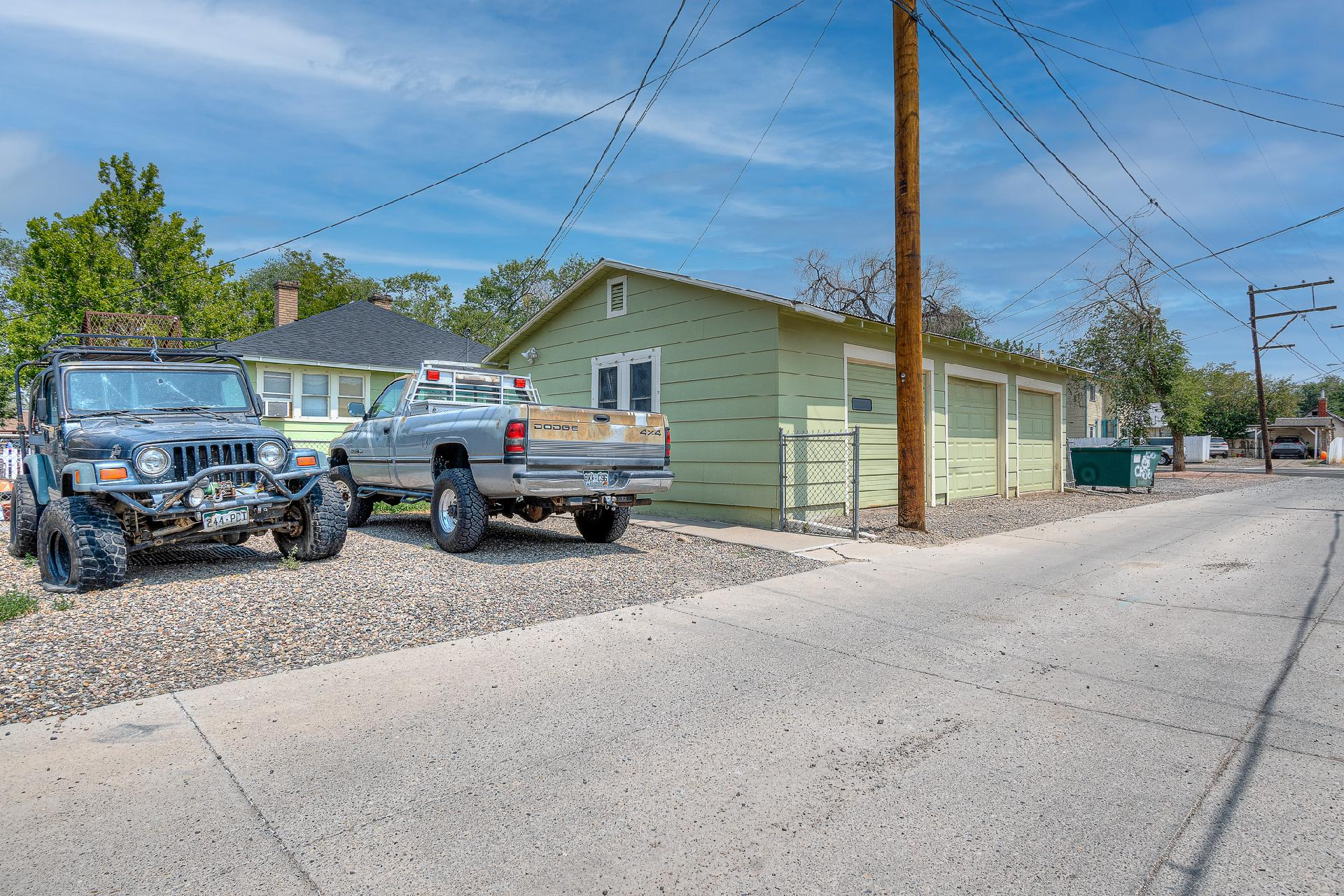 945 Colorado Avenue Property Photo 9