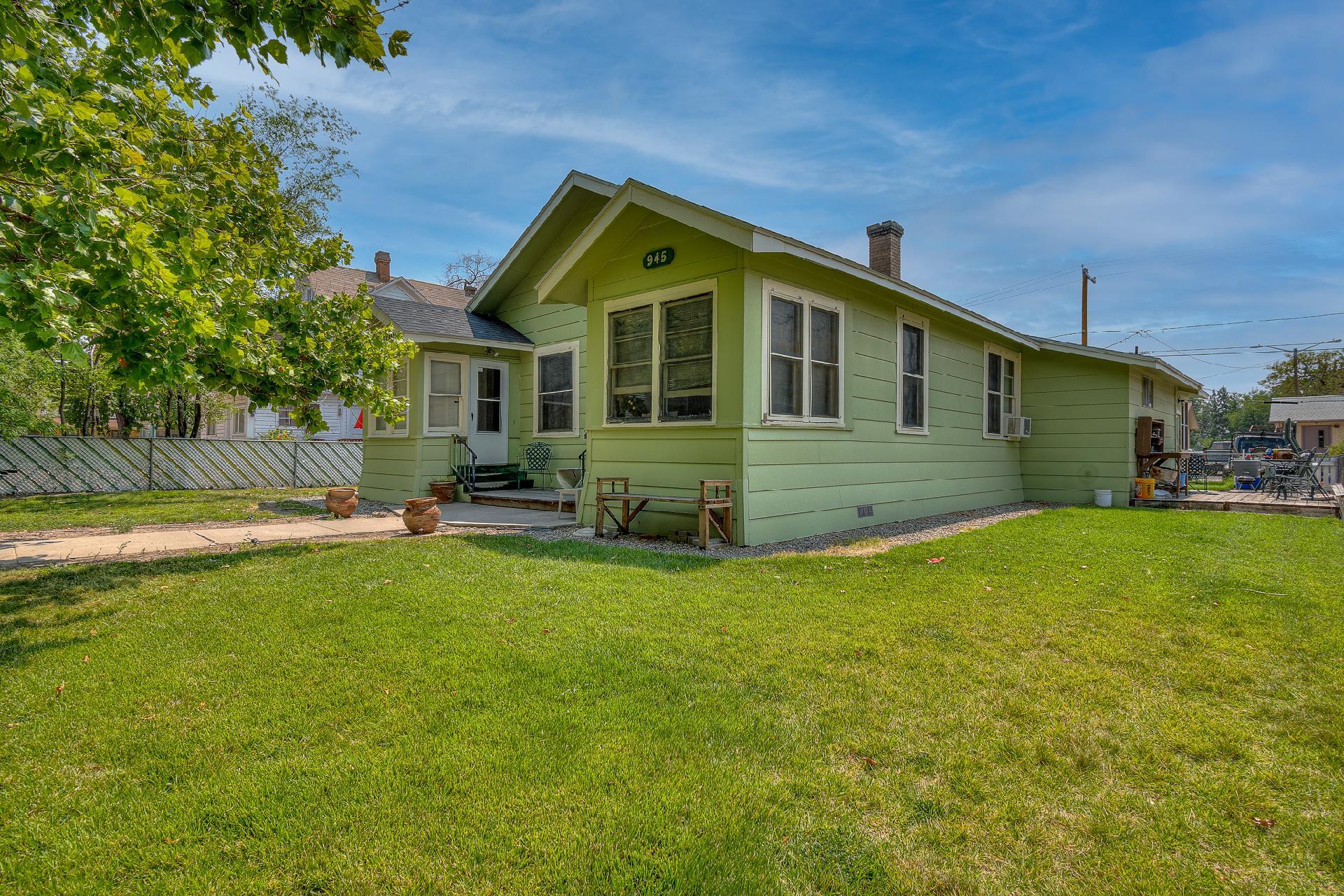 945 Colorado Avenue Property Photo 12
