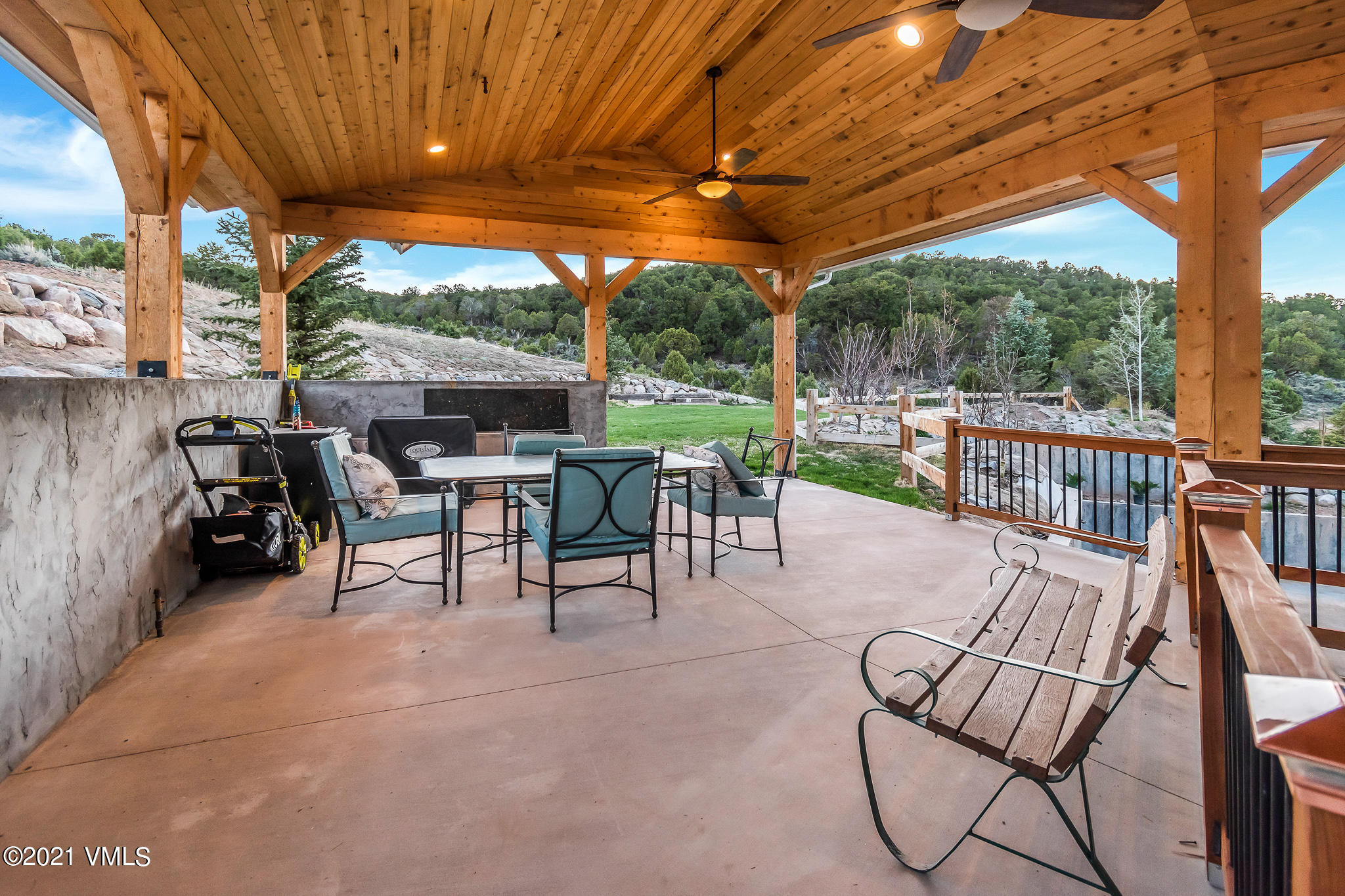 120 Silver Spur Property Photo 66