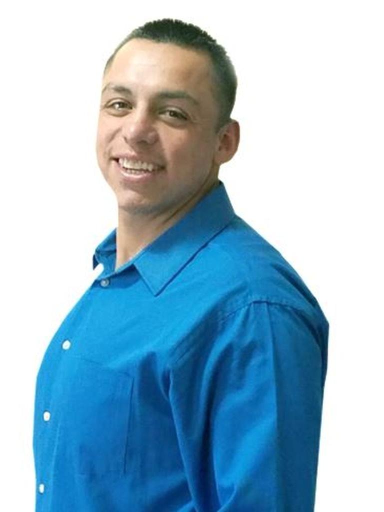 Robert Contreras Profile Photo