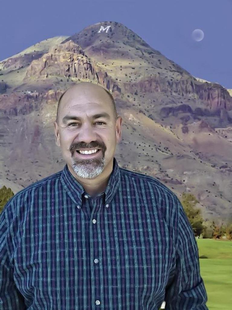 Steve Torres Profile Photo