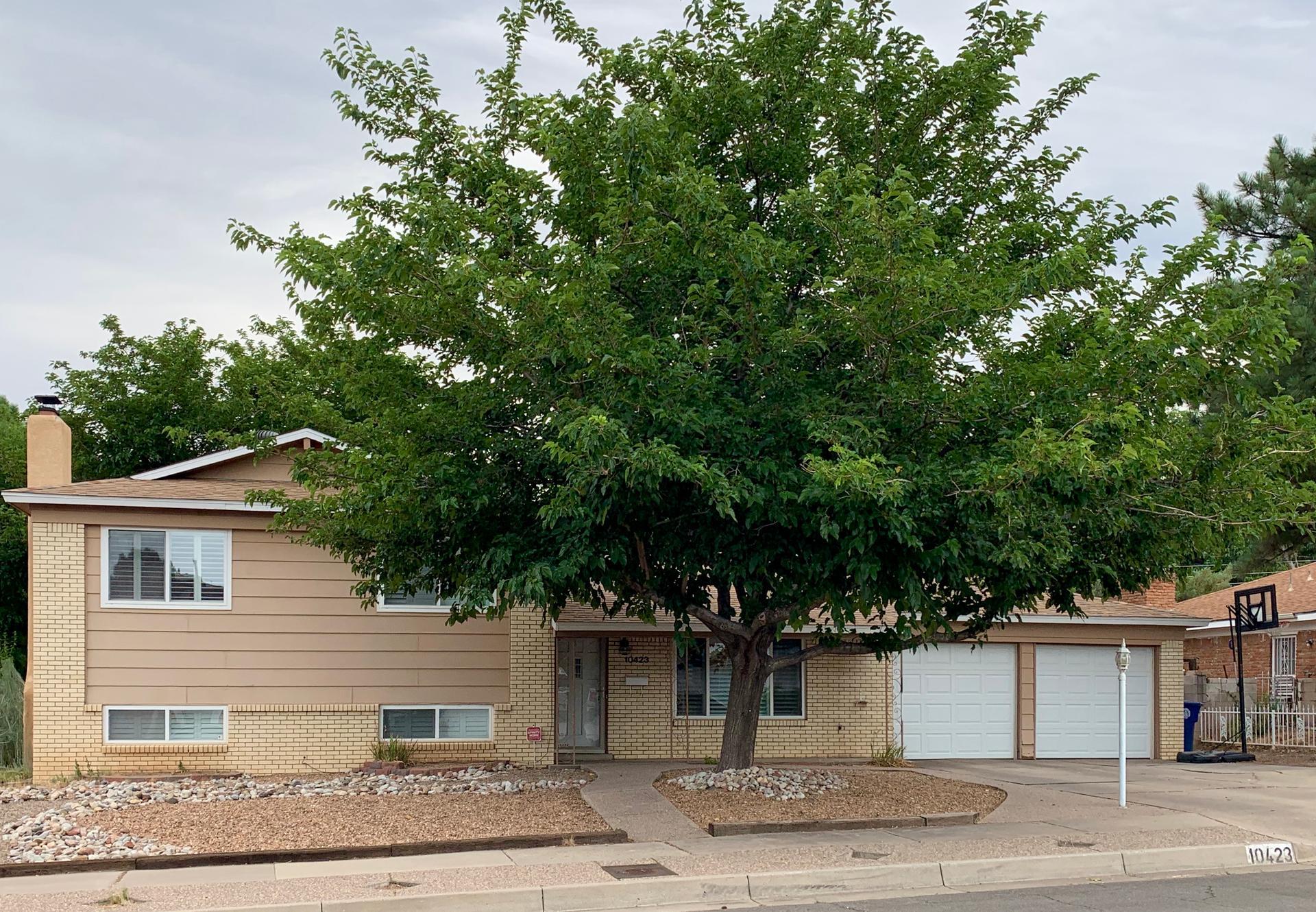 10423 Santa Susana Road Ne Property Photo