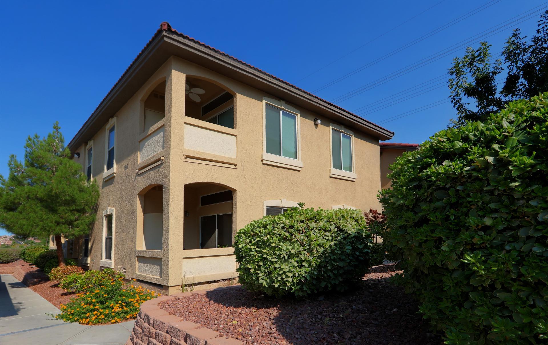 3574 Desert Cliff Street #202 Property Photo