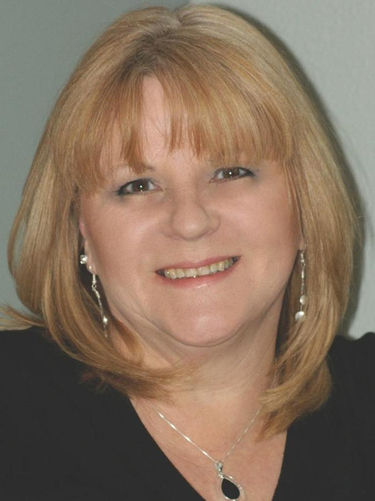 Debi Thomas Profile Image
