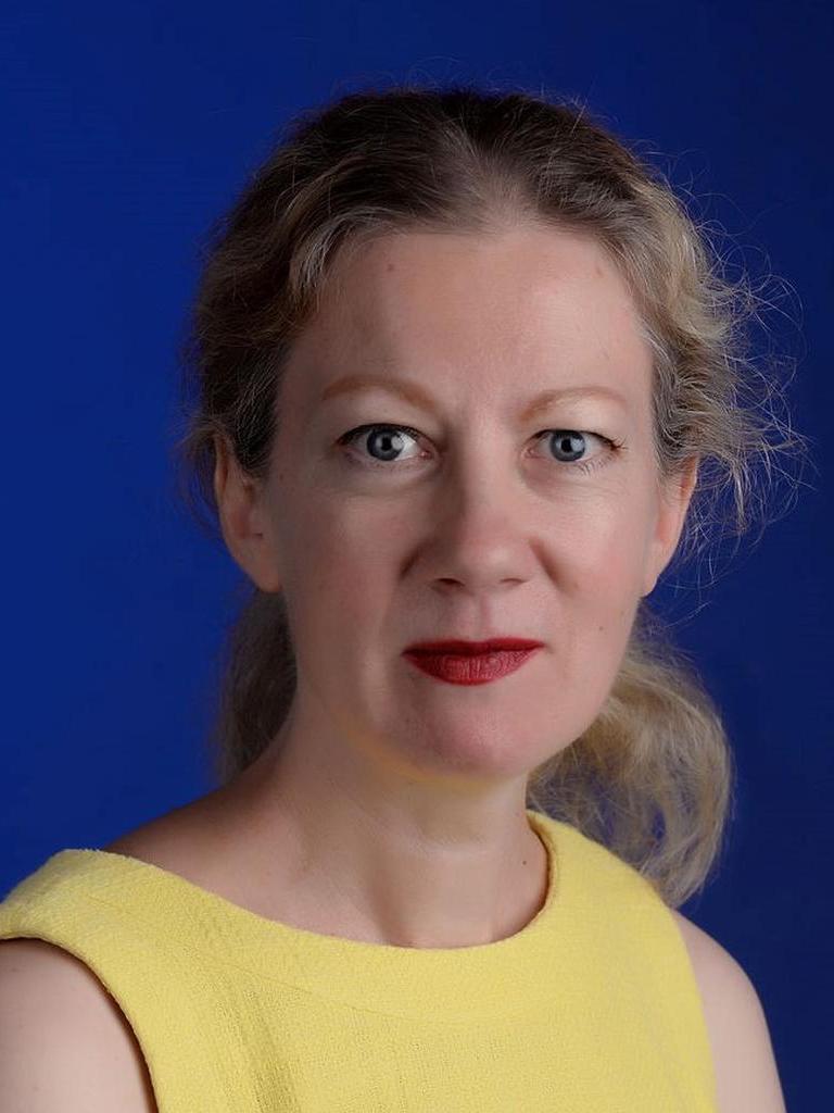 Julia Du Charme Profile Image